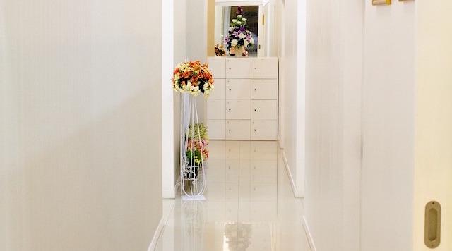 Credenza Per Corridoio : Soluzioni pratiche per arredare il corridoio artigianare