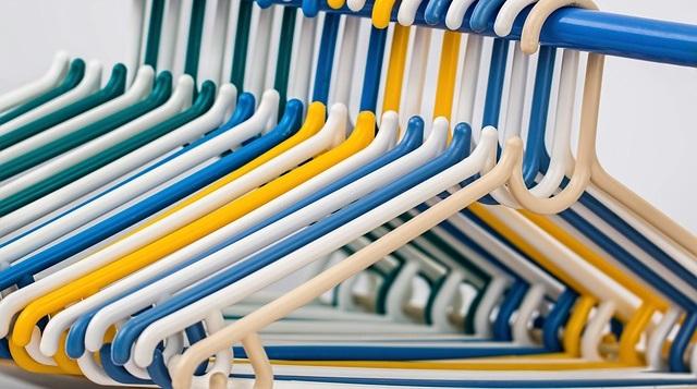 Come Organizzare Il Proprio Guardaroba.Cambio Di Stagione Come Organizzare Al Meglio Il Guardaroba